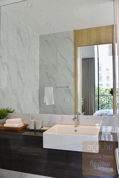 Noble BE19 Sukhumvit ห้องน้ำ แบบ 1 ห้องนอน 50.21 ตารางเมตร