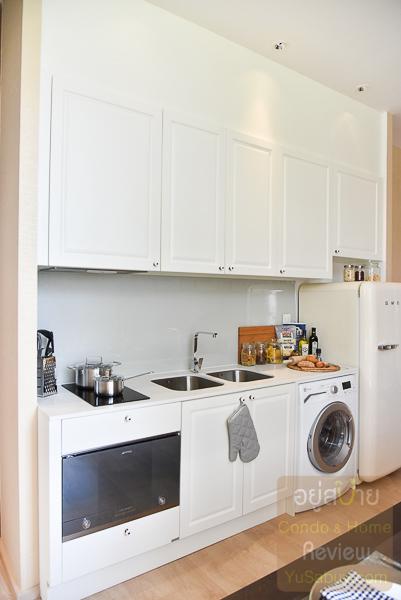 Noble BE19 Sukhumvit ห้องครัว แบบ 2 ห้องนอน 73.15 ตารางเมตร
