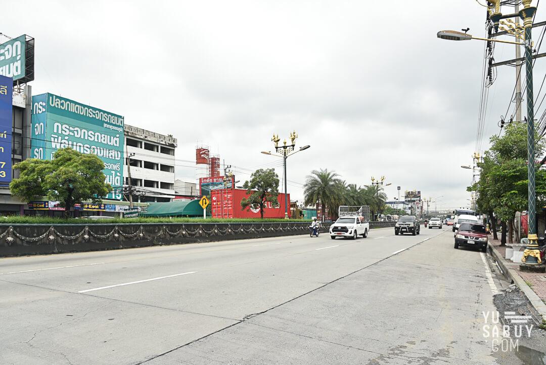 ถนนหน้าโครงการ